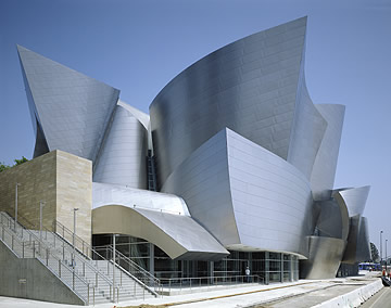 Walt Disney Concert Hall / Photo by Tom Bonner