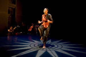 """Gregory Maqoma and Vuyani Dance Theatre's """"Beautiful Me"""" are onstage at REDCAT / photo by Steven Gunther"""