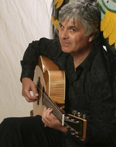 Laurence Juber plays at McCabe's on Nov. 6. / Photo by Michael Lamont