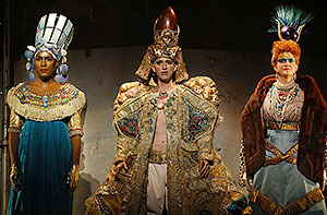 "J'Nai Bridges as Nefertiti, Anthony Roth Costanzo as Akhnaten and Stacey Tappan as Queen Tye in LA Opera's ""Akhnaten"" / Photo courtesy of LAO"