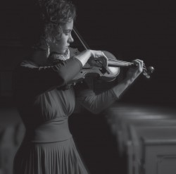 Hilary Hahn will perform in LACO's season opener. / Photo by Michael Patrick O'Leary, courtesy of LACO
