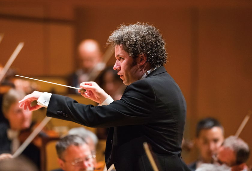 Review: Dudamel Conducts the LA Phil in Works by Schoenberg and Strauss